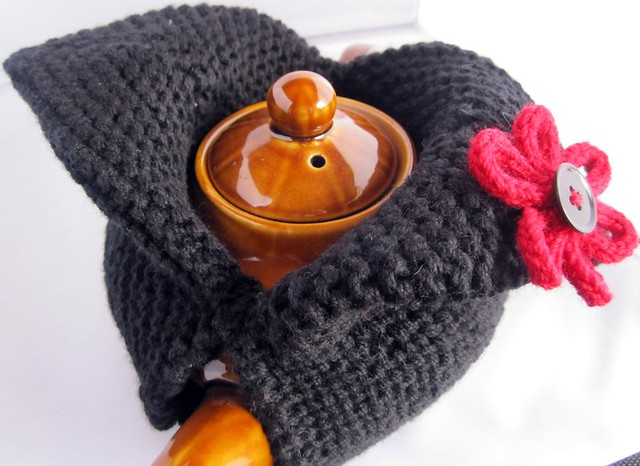 Modern Knit Tea Cosy