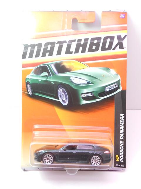 matchbox porsche panamera green (1)