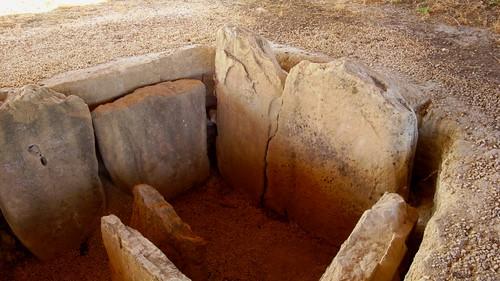 Cámara funeraria Dolmen de Alberite