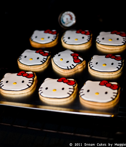 Hello Kitty Cookie by Dream Cakes by Maggie