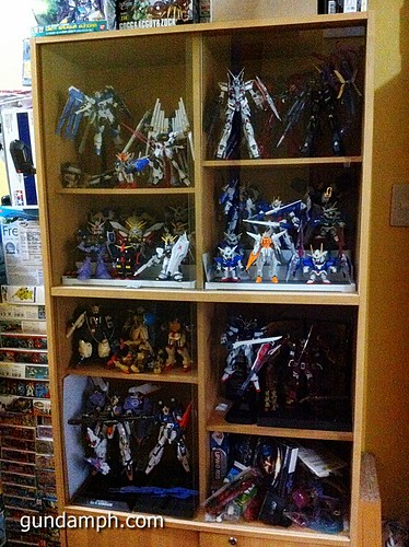 Gundams no place to display (2)