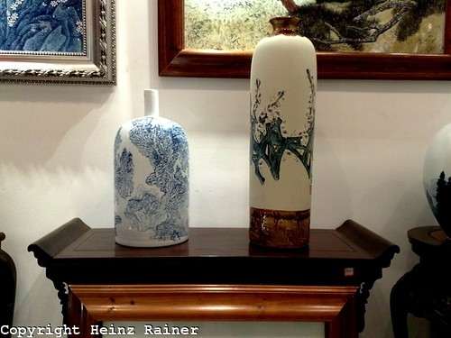 Two hand crafted porcelain vases by Africasiaeuro