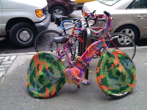 New York Bike Riders Prepare for Winter