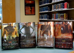 Fiction - The Mortal Instruments Series - Sept...