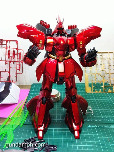 MG Sazabi Metallic Coating (Titanium-Like Finish) (42)