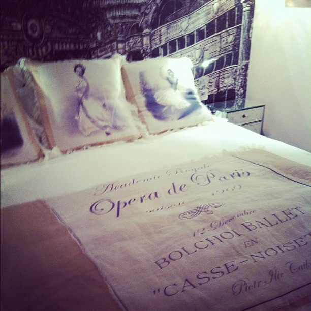 Opera bedroom by #chantalthomass #lepradey