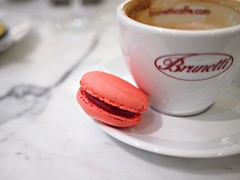 Raspberry macaron, Brunetti's Singapore, Tanglin Mall
