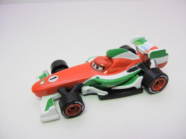 disney cars 2 tomica francesco bernoulli launcher (5)