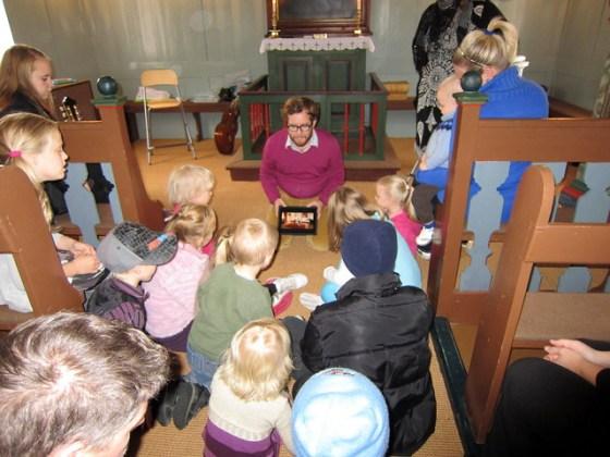 Using the iPad in the Sunday School
