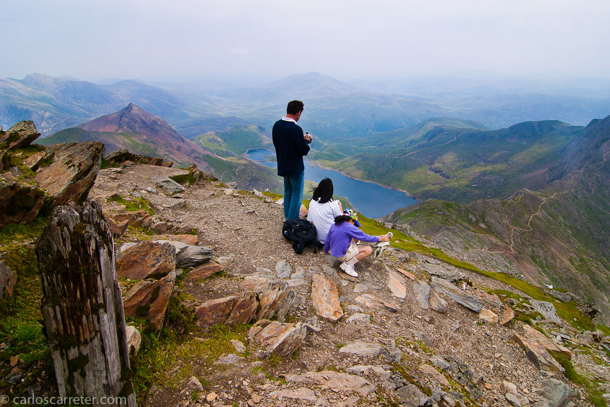 En la cima de Mount Snowdon