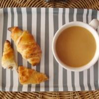 Daring Bakers' Challenge: Croissants!