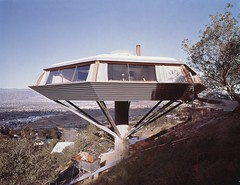 """Chemosphere House"" by Julius Shulman (1960)"