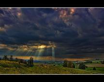 Divine Horizon in the Cloud