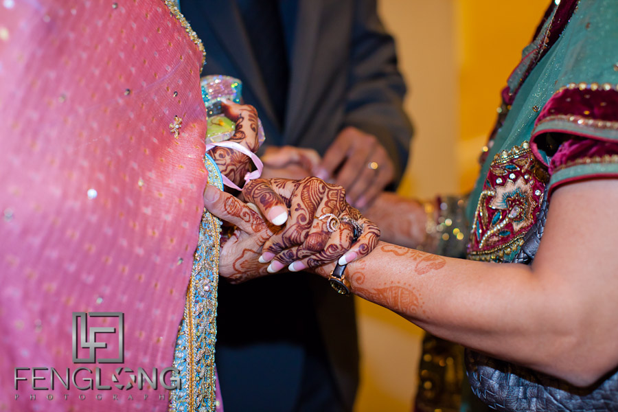 Bride and Mother with Henna | Shamz & Sana's Wedding Day 2 | Hyatt Place Atlanta Airport South | Atlanta Indian Photographer