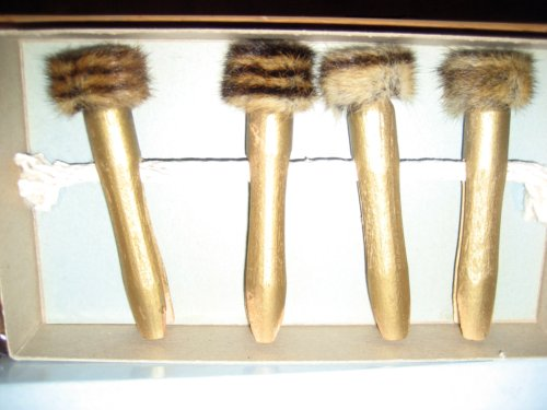 Gold-painted mink-trimmed clothespins