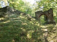 Ruiny Zamku Nowy Dwór w Wałbrzychu by Polek