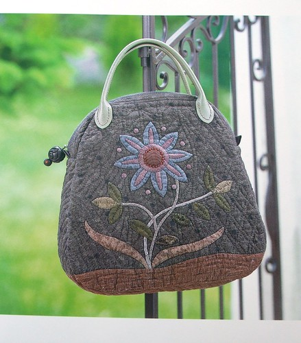 Beautiful appliqued bag by Yoko Saito