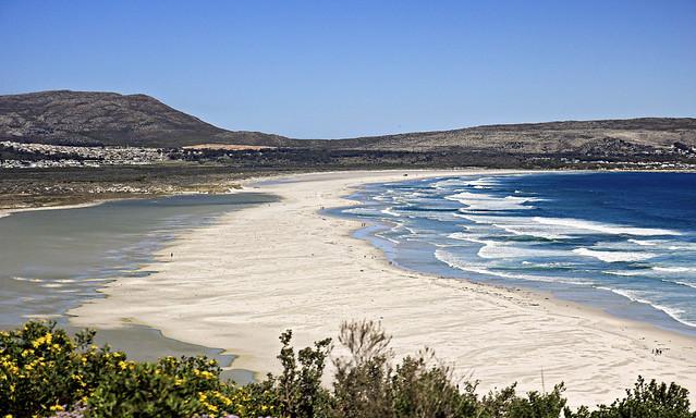 now that's a beach!