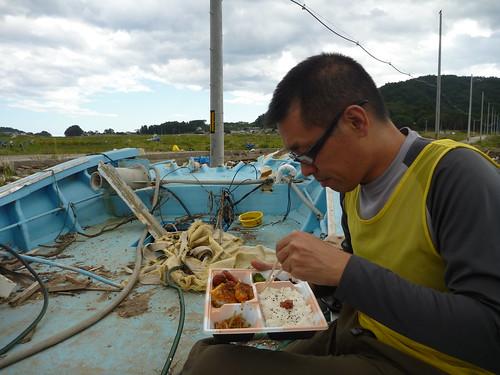 陸前高田市小友町で震災ボランティア(レーベン隊) Volunteer at Rikuzentakata, Iwate pref. Deeply Affected Area by the Tsunami of Japan Earthquake