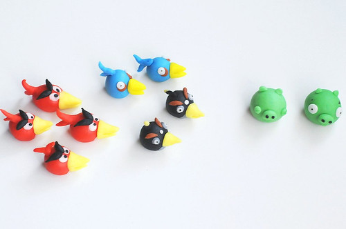 Angry Bird Fondant Cake Toppers - Long-beaked version