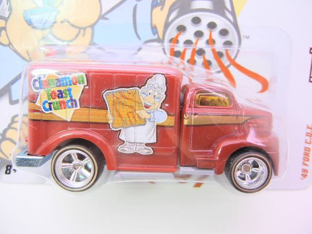 hot wheels nostalgia cinnamon toast crunch '49 ford c.o.e. (2)
