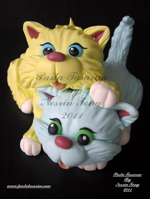 LITTLE CATS CAKE FIGURES- TWINS DAMLA & YAGMUR 2ND BIRTHDAY