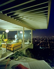 """Case Study House #22"" by Julius Shulman (1960)"