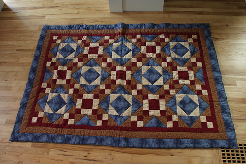 Traditional Quilt - 012