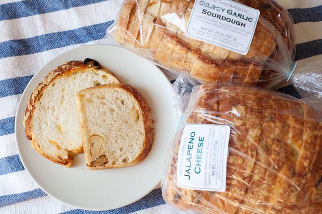 Garlic bread & jalapeno cheese bread