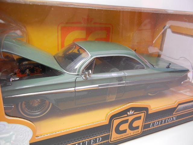 jada toys collectors club 1961 chevy impala (2)