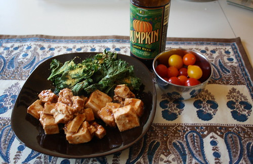 tofu with barbecue sauce, kale chips, pumpkin beer, tomatoes