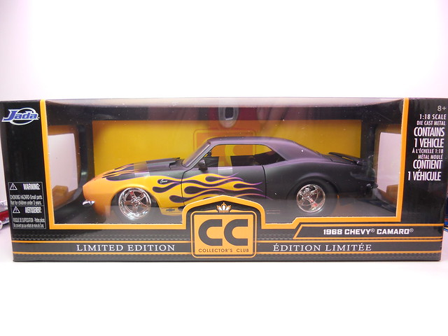 jada toys collectors club 1968 chevy camaro (1)