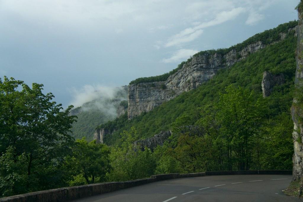 Swiss to France 20110430-DSC01330