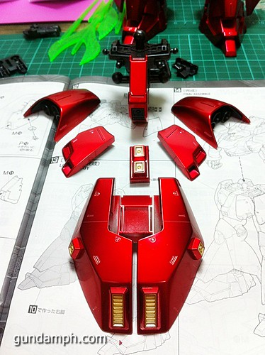 MG Sazabi Metallic Coating (Titanium-Like Finish) (39)