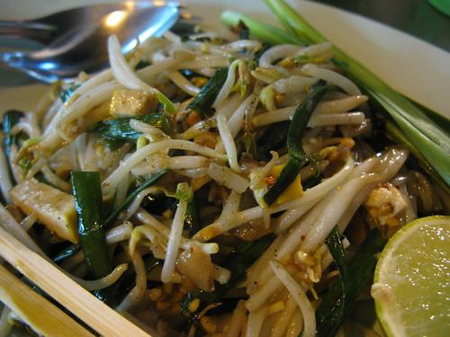 chinatown pad thai