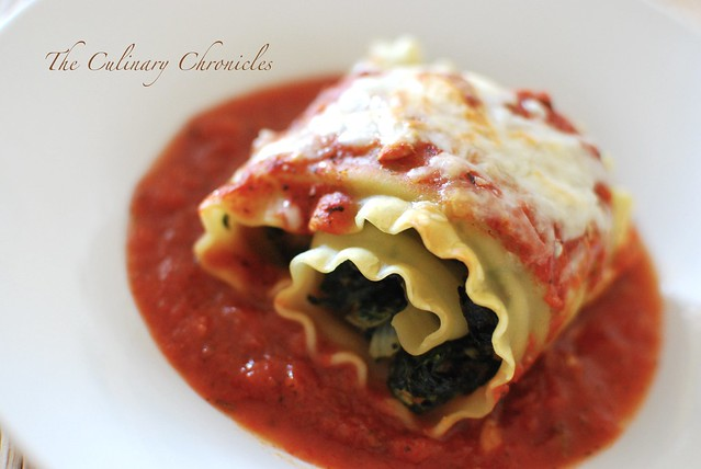 Spinach and Sausage Lasagna Rolls