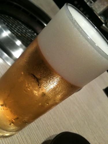 まずはビール@神戸屋