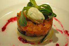 Starter: Tartare de saumon sauvage