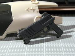 20110828:HGUC用ハンドガンを作ってみた02