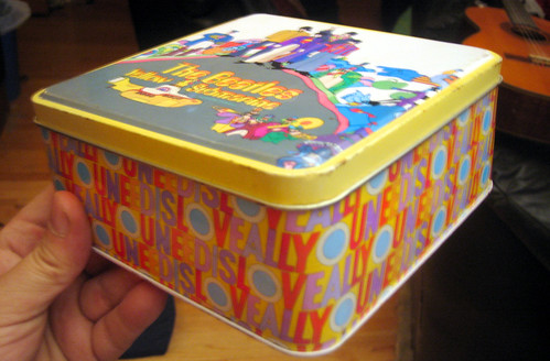 20110806 - yard sale booty - The Beatles - Yellow Submarine - metal box - 2 - side - IMG_3427