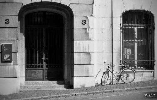 Rue Genevoise 3-3 by YannGarPhoto.wordpress.com