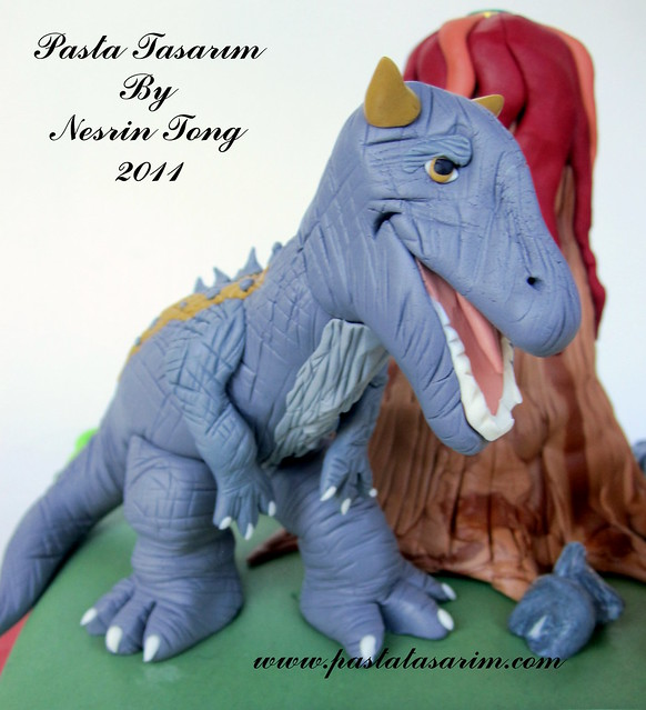 KING DINASORUS CAKE - SARP BIRTHDAY CAKE