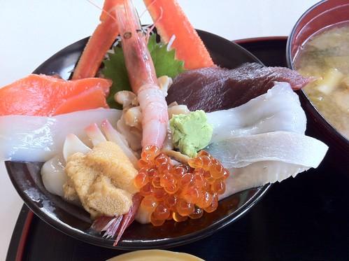 4日目朝食海鮮丼
