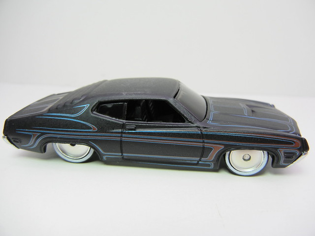 hot wheels garage '70 ford torino  (2)