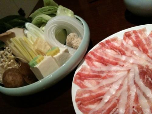 しゃぶしゃぶの野菜とお肉@つゆしゃぶちりり