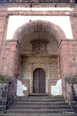 Pórtico de la parroquia de la Asunción, Zugarramurdi