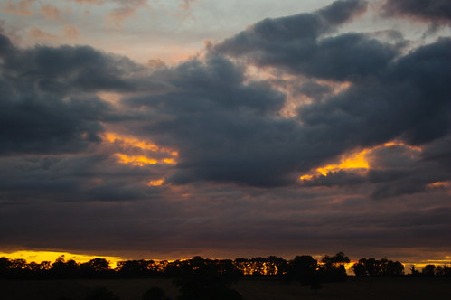 20110824-03_Evil Eyes - Cawston Sunset - Rugby by gary.hadden
