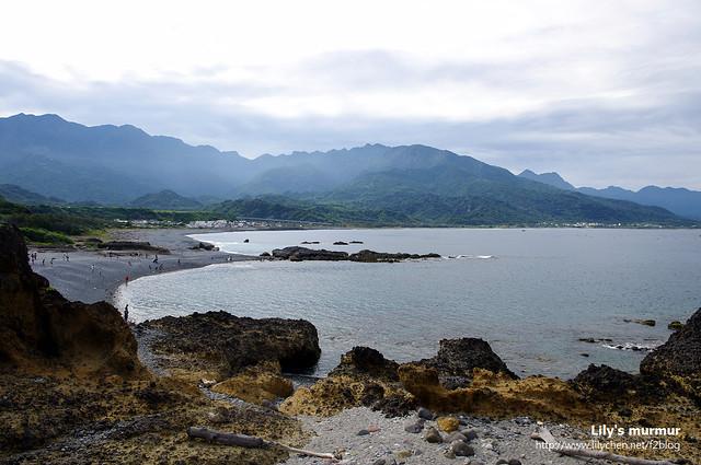 從八彎拱橋上拍另外一頭台灣島海岸的風景。