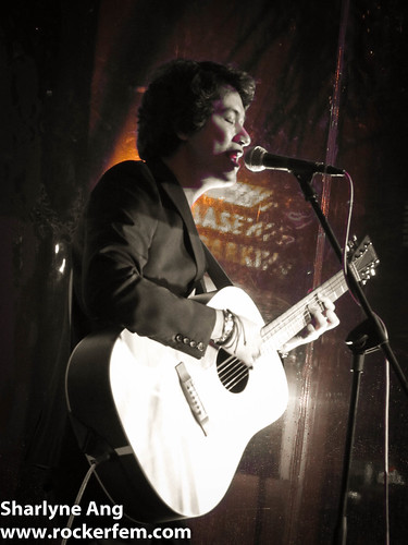 Ely Buendia at Folk U