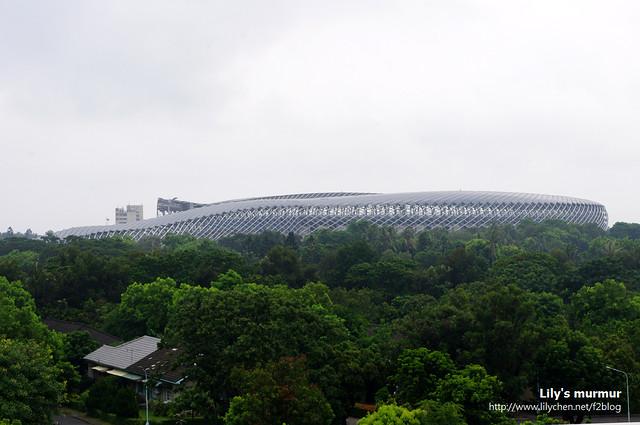 希望下次有機會再來看這一條龍的高雄世運建築。